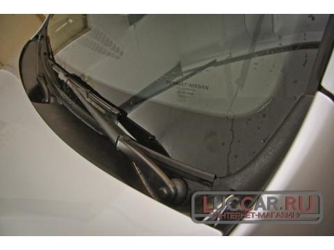 Накладка в проём стеклоочистителей (жабо без скотча) Renault Duster