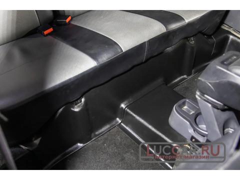 Накладки на ковролин заднего ряда сиденья Renault Duster