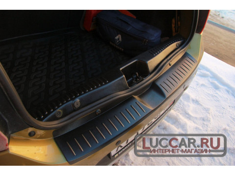 Накладка в проём багажника Рено Сандеро 2 с 2014г