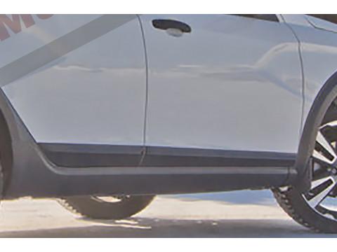 Молдинги на двери Lada Vesta
