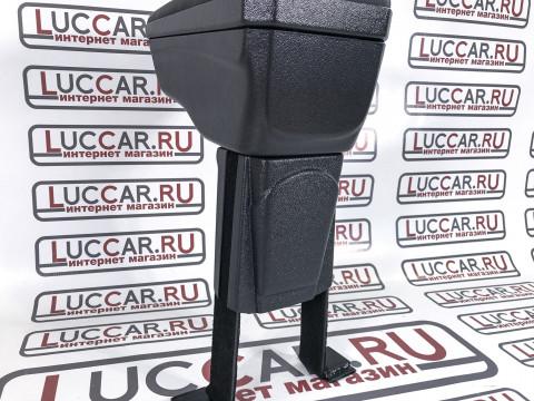 """Накладка для подлокотника """"ArBox 2"""" Renault Kaptur"""